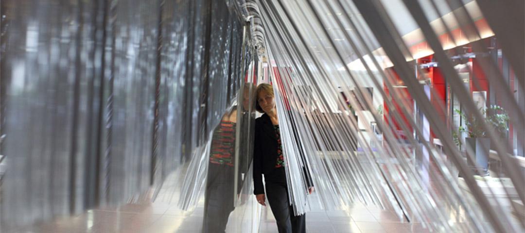 Monika Linhard, Sonnenabdecker, Mobiles Wandobjekt